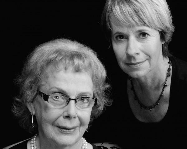 Die Autorinnen: Lillian Crott Berthung und ihre Tochter <b>Randi Crott</b> © Tom ... - crott_doppelportaet_fj12_sw