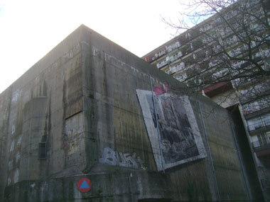Der Bunker auf dem Schulgelände der Sophie Scholl Oberschule an der Pallasstraße in Berlin-Schöneberg. Fotos: Kulick